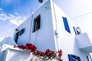 Mykonos: Stroll through Mykonos Town