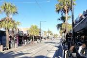 Melbourne: Stroll through the St Kilda neighborhood
