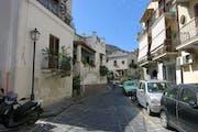 Lipari: Stroll through the city